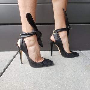 brian atwood leather pointy toe heels